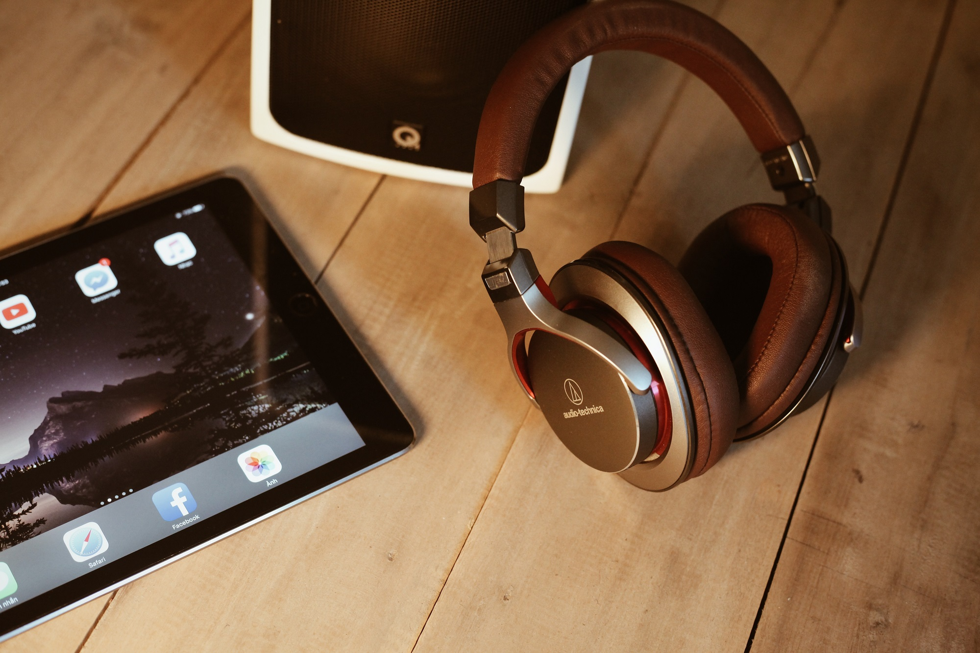 Headphones and a tablet computer